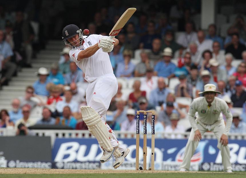 England's Jonathan Trott meraSport <br /> photo by Kieran Galvin / Camerasport<br /> International Cricket - Fifth Investec Ashes Test Match - England v Australia - Day 3 - Thursday 23rd August 2013 - The Kia Oval - London<br /> <br /> &copy; CameraSport - 43 Linden Ave. Countesthorpe. Leicester. England. LE8 5PG - Tel: +44 (0) 116 277 4147 - admin@camerasport.com - www.camerasport.com