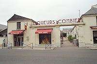 wine shop liqueurs combier saumur loire france