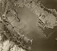 historical aerial photograph Richardson Bay, Sausalito, Tiburon, Marin County, California, 1958