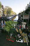 AMSTERDAM - NETHERLANDS - 19 OCTOBER 2004 -- A plant stand on the bridge of the canal of the Prinsengracht with houseboats on the waterway.-- PHOTO:  EUP-IMAGES / JUHA ROININEN