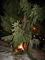 Protesters attempt to set fire to a christmas tree. Pro-Palestinian protesters clashed with police as they held a counter demonstration against pro-Israel campaigners in the Norwegian capital Oslo. Violent clashes lasted for hours  in the centre of Oslo. Both groups came to the streets as a result of the violence in Gaza. Israeli forces began a series of air strikes on the Gaza Strip on the 27th of December in retaliation against Hamas rockets fired into Israel. After eight days of bombardment, leaving over 400 Palestinians and four Israelis dead, Israeli tanks launched a ground invasion on the 4th of January.