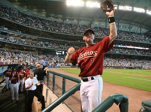Houston Astros' second baseman, Craig Biggio waves to fans as he leaves the game before the 8th inning. The Houston Astros played the Milwaukee Brewers at Minute Maid Park Sunday afternoon.  (Monday, Aug. 6, 2007, in Houston. ( Steve Campbell / Chronicle)
