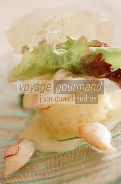 """Europe/France/Languedoc-Roussillon/30/Gard/Nîmes-Garons: Scupions et brandade de Nîmes recette de Michel Kayser chef du retaurant """"Alexandre"""""""