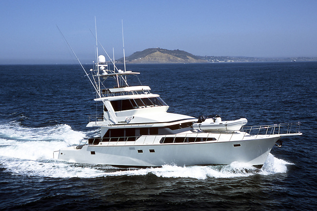 Mikelson 75 Sportfisher off Point Loma