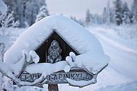 Europe/Finlande/Laponie/ Env de Levi: Levin Lapinkylä est une ferme traditionnelle le long de la Ounasjoki -C'est:La ferme de rennes -  Enseigne