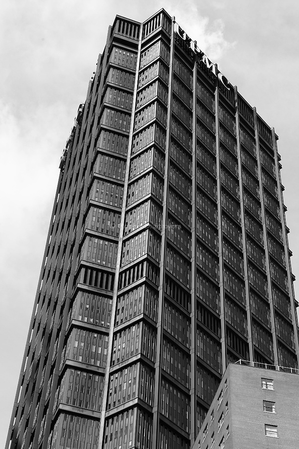 pittsburgh in black and white - USX Looming