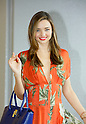 """July 18, 2013, Tokyo, Japan: Australian super model Miranda Kerr arrives at Narita International Airport in Chiba, Japan. She is in Japan for the shooting of the new Smantha Thavasa commercial from the series """"Samantha X Kawaii X Art"""". (Photo by AFLO)"""