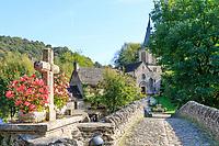France, Aveyron, Belcastel, labelled Les Plus Beaux Villages de France (The Most Beautiful Villages of France), the old stony bridge dated 15th century over Aveyron river // France, Aveyron (12), Belcastel, labellisé Les Plus Beaux Villages de France, le vieux pont de pierre du XVe siècle au-dessus de l'Aveyron