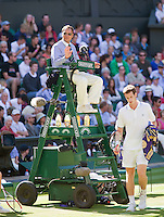 23-6-09, England, London, Wimbledon, Umpire Mo