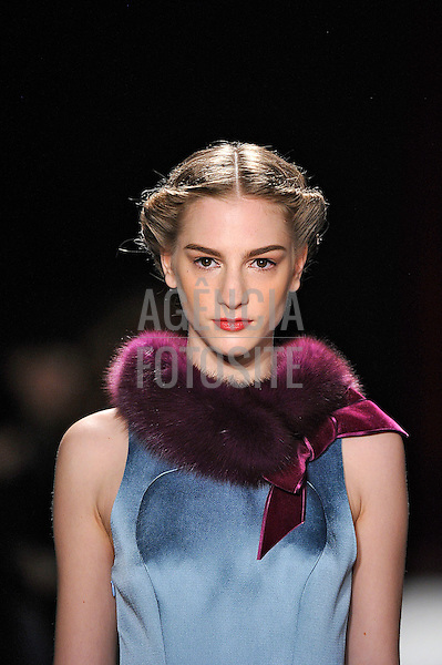 New York, EUA &ndash; 11/02/2013 - Desfile de Carolina Herrera durante o New York Fashion Week  -  Inverno 2013. <br /> Foto: Firstview/FOTOSITE