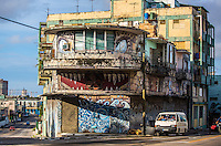 In a country with a chronic shortage of resources it is surprising that anonymous artists are willing to spend paintings and brushes simply to paint walls. This occurs in Havana, whose cracked and damaged walls are decked out with paintings of all kinds. No one knows who makes them. No one ever sees them paint. It is assumed that it is not allowed to do so. But more and more paintings appear. Looks like political content is non existent. Cuba art street is every where, as show us photographer Desmond Boyland.