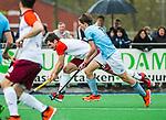ALMERE - Hockey - Hoofdklasse competitie heren. ALMERE-HGC (0-1) . Stijn Jolie (Almere) met rechts Pelle Vos (HGC) .   COPYRIGHT KOEN SUYK