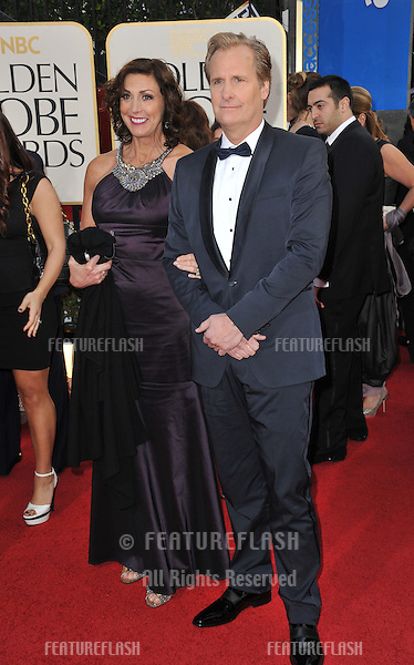 Jeff Daniels & Kathleen Treado Daniels at the 70th Golden Globe Awards at the Beverly Hilton Hotel..January 13, 2013  Beverly Hills, CA.Picture: Paul Smith / Featureflash