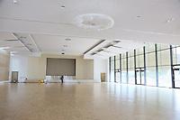 Großer Versammlungssaal im Neubau der Soka Gakkai Gemeinde in Mörfelden-Walldorf