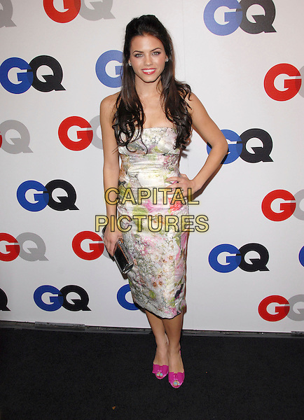 JENNA DEWAN.The 2007 GQ Men of the Year Celebration at Chateau Marmont in West Hollywood, California, USA. .December 5th, 2007 .full length white pink floral print dress hand on hip shoes silver clutch bag purse green .CAP/DVS.©Debbie VanStory/Capital Pictures
