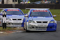 Round 7 of the 2002 British Touring Car Championship. #111 Aaron Slight (NZL). Barwell Motorsport. Vauxhall Astra Coupé.