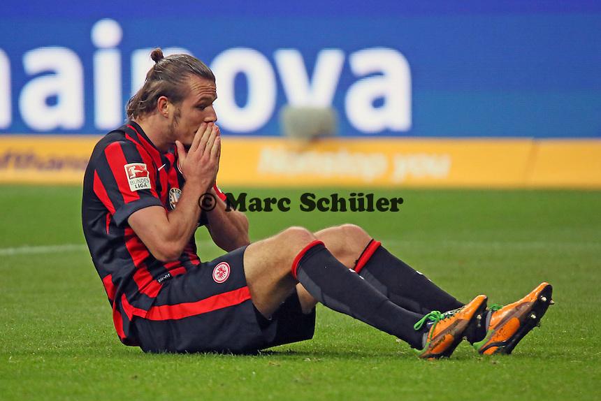 Alex Meier (Eintracht) frustriert nach verpasster Torchance kurz vor Ende - Eintracht Frankfurt vs. 1. FSV Mainz 05, Commerzbank Arena