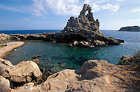 Italien, Insel Pianosa bei Elba, Felsen Il Marzocco