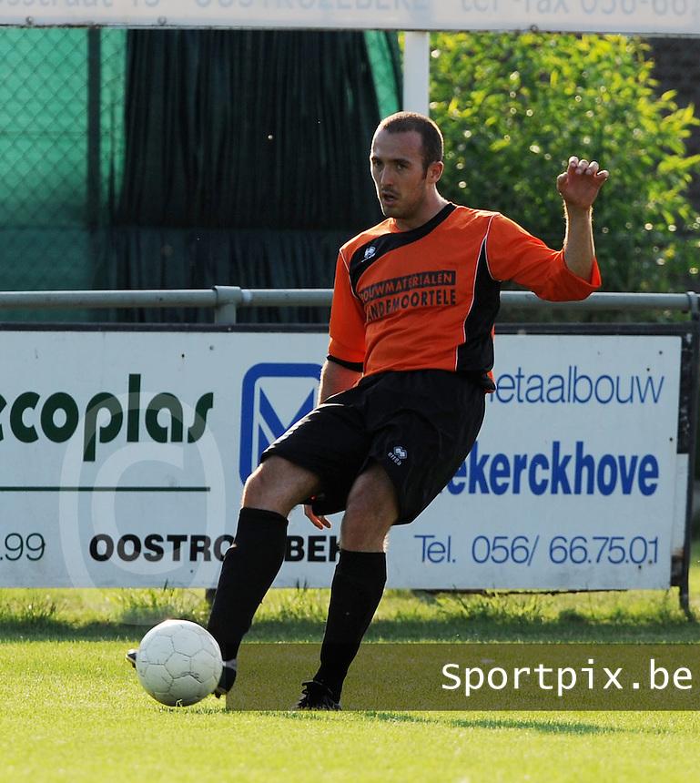 KSV Oostkamp : Ward Onderbeke.Foto VDB / BART VANDENBROUCKE
