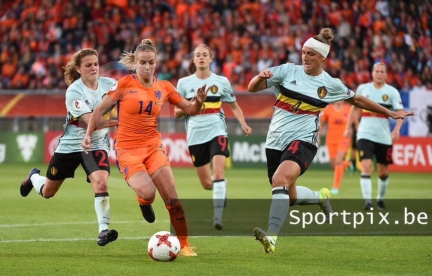20170724 - TILBURG , NETHERLANDS : Belgian Maud Coutereels (R) and Davina Philtjens (L) with Dutch Jackie Groenen (M)  pictured during the female soccer game between Belgium and The Netherlands  , the thirth game in group A at the Women's Euro 2017 , European Championship in The Netherlands 2017 , Monday 24 th June 2017 at Stadion Koning Willem II  in Tilburg , The Netherlands PHOTO SPORTPIX.BE | DIRK VUYLSTEKE