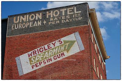 Meridian Mississippi and more Oct. 3, 2012.Photo ©Suzi Altman