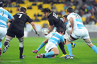 Ma'a Nonu passes to Richie McCaw during the Rugby Championship international rugby test match between the All Blacks and Argentina at Westpac Stadium, New Zealand on Saturday, 8 September 2012. Photo: Dave Lintott / lintottphoto.co.nz