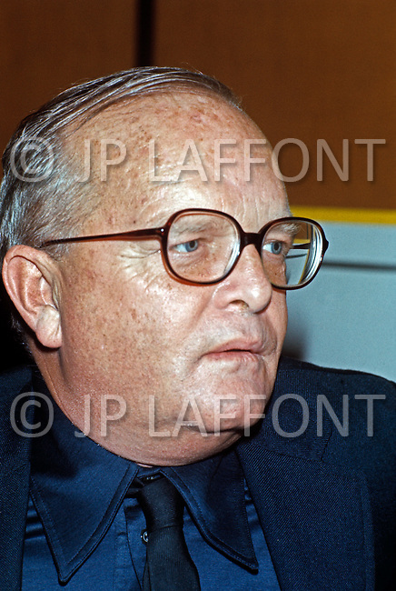 New York City, NY - Circa 1980. Writer Truman Capote at a public event. He (September 30, 1924 - August 25, 1984) was an American author, whose work spans over many genres, and are recognized as literary classics. Notable pieces include the novella Breakfast at Tiffany's, Miriam and the true crime novel In Cold Blood.