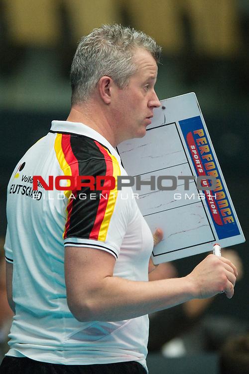 29.12.2013, Lotto Dome, Maaseik<br /> Volleyball, Belgien vs. Deutschland<br /> <br /> Vital Heynen (Bundestrainer / Trainer GER)<br /> <br />   Foto &copy; nordphoto / Kurth