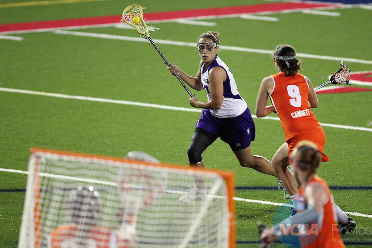 27 MAY 2012:  Amanda Macaluso (17) of Northwestern University looks for an opening in the defense against Syracuse University during the Division I Women?s Lacrosse Championship held at Kenneth P. LaValle Stadium in Stony Brook, NY.  Northwestern defeats Syracuse 8-6 for the national title.  John Munson/NCAA Photos