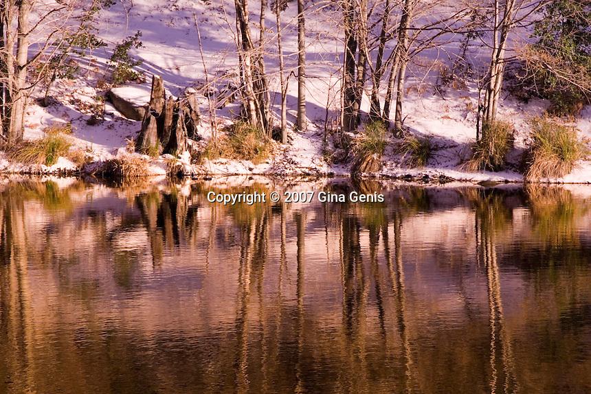 Golden reflections shine in Lake Fulmor