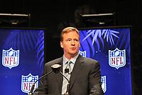 NFL Commissioner Roger Goodell <br /> NFL Commissioner Roger Goodell Pressekonferenz *** Local Caption *** Foto ist honorarpflichtig! zzgl. gesetzl. MwSt. Auf Anfrage in hoeherer Qualitaet/Aufloesung. Belegexemplar an: Marc Schueler, Alte Weinstrasse 1, 61352 Bad Homburg, Tel. +49 (0) 151 11 65 49 88, www.gameday-mediaservices.de. Email: marc.schueler@gameday-mediaservices.de, Bankverbindung: Volksbank Bergstrasse, Kto.: 52137306, BLZ: 50890000