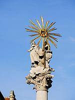 Dreifaltigkeitss&auml;ule auf dem Rybne nam. in Bratislava, Bratislavsky kraj, Slowakei, Europa<br /> Trinity column at Rybne nam., Bratislava, Bratislavsky kraj, Slovakia, Europe