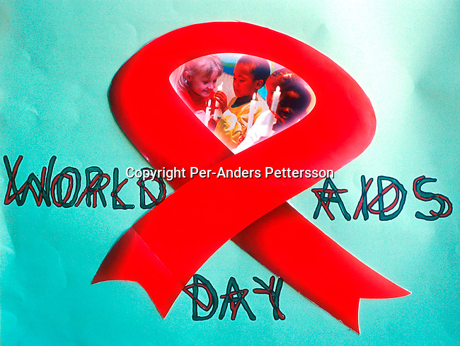 disiaids00252 Aids awareness campaign. A poster on HIV-Aids is displayed at a school in Guguletu, a township on December 1, 2001 outside Cape Town, South Africa. South Africa marked the Word Aids Day, as the country has the highest infection rate in the world. About 70.000 babies are born with HIV every year and NGO:s in the country are trying to convince the government to supply Nevirapine to pregnant mothers. .©Per-Anders Pettersson/ iAfrika Photos