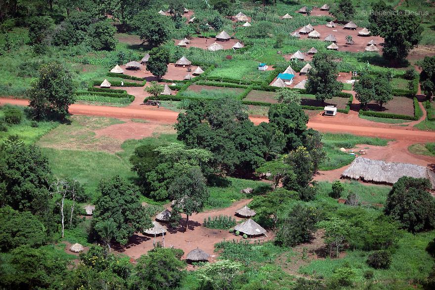 28 may 2010 - Western Equatoria, South Sudan - Aerial view of a village near Yambio, South Sudan. Photo credit: Benedicte Desrus