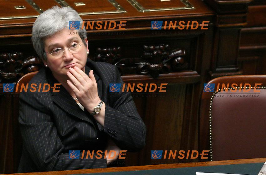 Roma, 23-05- 2006 Camera:Voto per la fiducia al governo Prodi<br /> Nella foto il ministro degli Affari Europei Emma Bonino<br /> Photo Serena Cremaschi Insidefoto