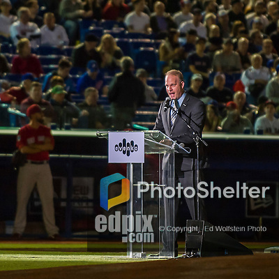 1 April 2016: Baseball broadcaster and former professional player Marc Griffin introduces former Montreal Expos players as Master of Ceremonies prior to a pre-season exhibition game between the Boston Red Sox and the Toronto Blue Jays at Olympic Stadium in Montreal, Quebec, Canada. The Red Sox defeated the Blue Jays 4-2 in the first of two MLB weekend exhibition games, which saw an attendance of 52,682 at the former home on the Montreal Expos. Mandatory Credit: Ed Wolfstein Photo *** RAW (NEF) Image File Available ***
