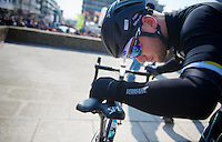 3 Days of De Panne.stage 1: Middelkerke - Zottegem..Mark Cavendish (GBR) always checks his bike meticulously before the start