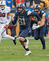 Pitt long snapper Cal Adomitis covers a kickoff. The Pitt Panthers defeated the Virginia Cavaliers 31-14 at Heinz Field, Pittsburgh, PA on October 28, 2017.