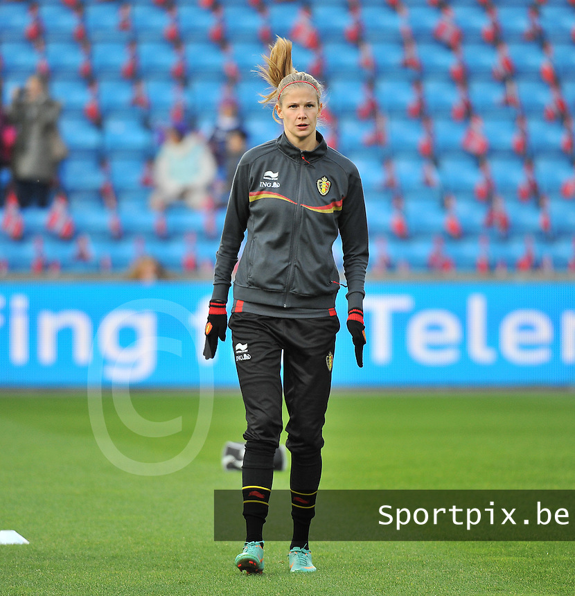 20130925 - OSLO , NORWAY : Belgian Justine Vanhaevermaet pictured during the female soccer match between Norway and Belgium , on the second matchday in group 5 of the UEFA qualifying round to the FIFA Women World Cup in Canada 2015 at the Ullevaal Stadion , Oslo . Wednesday 25th September 2013. PHOTO DAVID CATRY