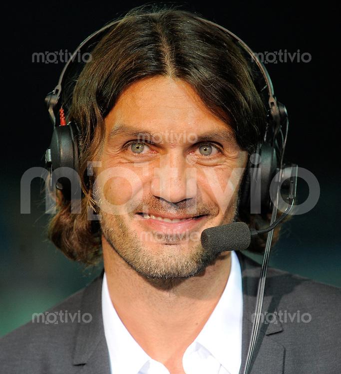 FUSSBALL INTERNATIONAL  Qualifikation Euro 2012  11.10.2011 Italien - Nordirland Paolo Maldini  (Italien)