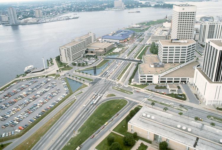 1983 June ..Redevelopment.Downtown South (R-9)..LOOKING SOUTHWEST.OMNI HOTEL...NEG#.NRHA#..