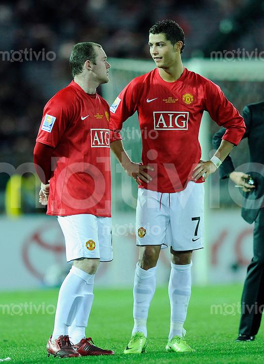 Fussball international 2008/2009 21.12.2008  FIFA Club WM Japan 2008 Finale Liga de Quito - Manchester United Wayne ROONEY (l) und Cristiano RONALDO (ManU) bei de Siegerehrung.