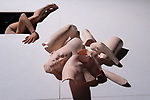 Robot, l'amour &eacute;ternel<br /> <br /> Texte, mise en sc&egrave;ne et chor&eacute;graphie Kaori Ito<br /> Danse : Kaori Ito<br /> Collaboration &agrave; la chor&eacute;graphie :Chiharu Mamiya et Gabriel Wong<br /> Collaboration &agrave; la dramaturgie : Julien Mages et Jean-Yves Ruf<br /> Collaboration univers plastique : Erhard Stiefel et Aurore Thibout<br /> R&eacute;gie g&eacute;n&eacute;rale et lumi&egrave;re Arno Veyrat<br /> Manipulation et r&eacute;gie plateau Yann Ledebt<br /> Son Joan Cambon<br /> Sc&eacute;nographie Pierre Dequivre, Delphine Houdas et Cyril Trupin<br /> Regard ext&eacute;rieur, roboticien Zaven Par&eacute;<br /> Compagnie : Association Him&eacute;<br /> Lieu : Le 104<br /> Ville : Paris<br /> Date : 05/04/2018