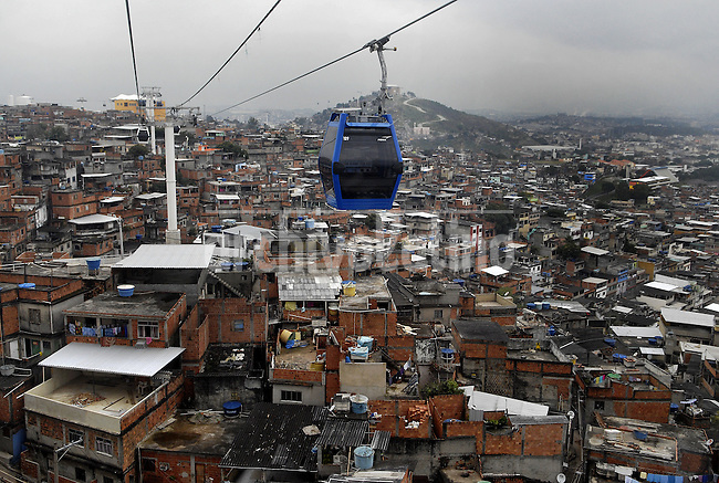 Authorities open to visit for journalists the new cable car in Complexo do Alemao slum, Rio de Janeiro, Brazil, July 5, 2011. The cable car in the Complexo do Alemao will be inaugurated next July 7 by Brazilian president Dilma Roussef.