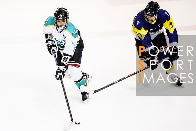 Medical Kings Skater #8 Hayes To (l) in action during the Principal Standard League match between Medical Winner Kings vs Verity at the Mega Ice on 17 January 2017 in Hong Kong, China. Photo by Marcio Rodrigo Machado / Power Sport Images