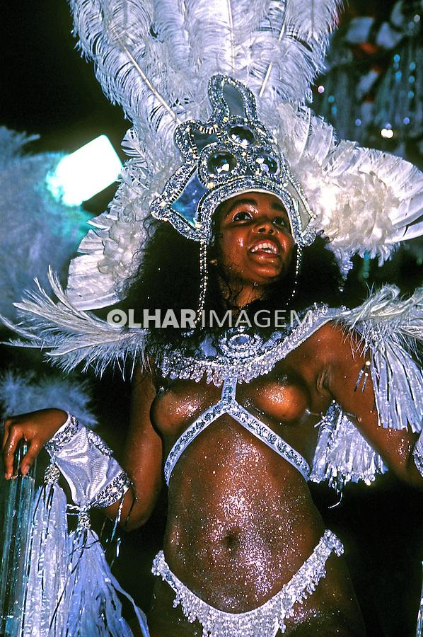 Desfile de carnaval da Beija Flor, Rio de Janeiro. 1988. Foto de Juca Martins.