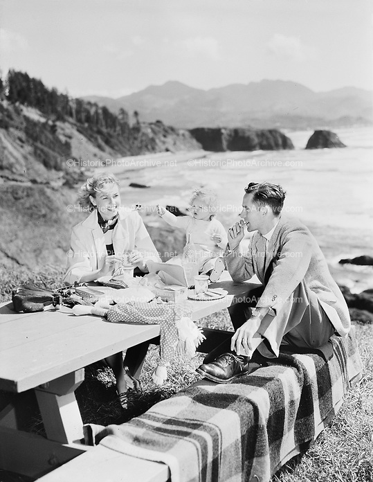 9969-7546. Picnic at Ecola State Park. Professional models. April 24, 1949.