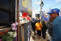 SAO PAULO, SP, 06.09.2013-O sindicato da construção civil realiza um ato ecumenico em homenagens as vitimas do demoronamento de uma obra na Av Mateo Bei em São Mateo/SP.  Adriano Lima / Brazil Photo Press