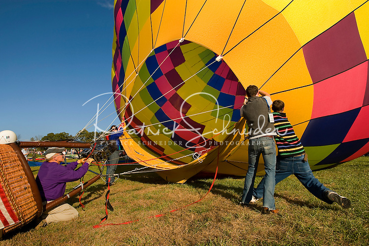 Thousands of hot air balloon enthusiasts turn out each year for the annual Carolina BalloonFest, held each fall in Statesville, NC. Photos were taken at the October 2008 event.