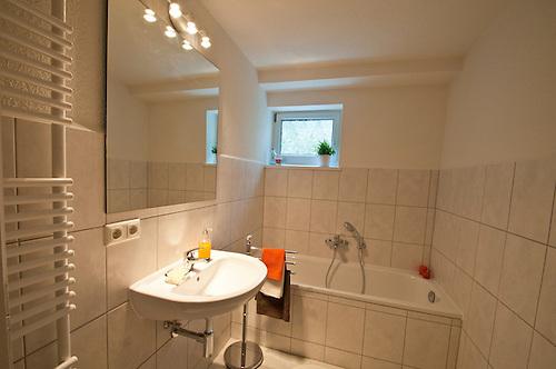 Commissioned work for,<br /> .OPTIMUM Home Staging..Birgit Papendorf..Feuerleinstra&szlig;e 69..16540 Hohen Neuendorf..Tel.: 03303 - 53 67 93..Mobil: 0179 - 210 444 9..www.optimum-im.de